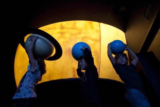 Taller Infantil 'Planetario Burbuja'  en CosmoCaixa Barcelona (Barcelona)