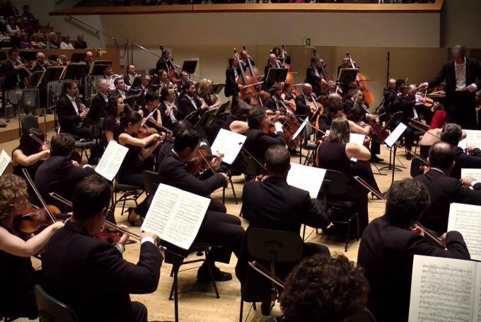 'Música en familia: Danza sinfónica con la orquesta' en Palau de la Música (Valencia)
