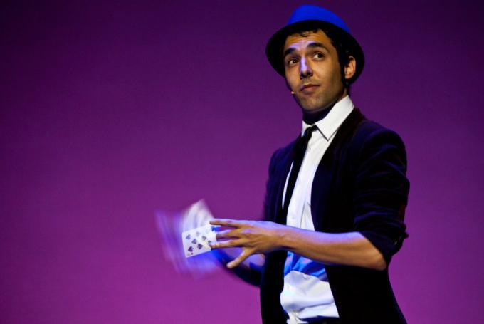 El Mago Pop presenta 'La gran ilusión' en Teatro Bretón de los Herreros (Logroño)