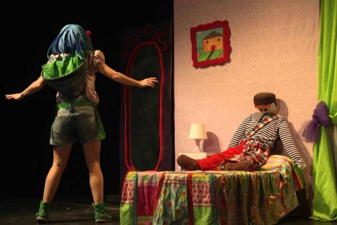 'Lola Caracola' en Teatro Municipal Pedro Muñoz Seca (Cádiz)