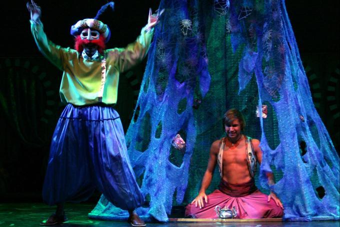 'Aladino y la lámpara' en Teatro Sanpol (Madrid)