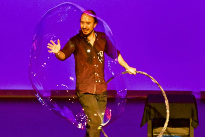 Magic Bubble en Teatro Sanpol (Madrid)