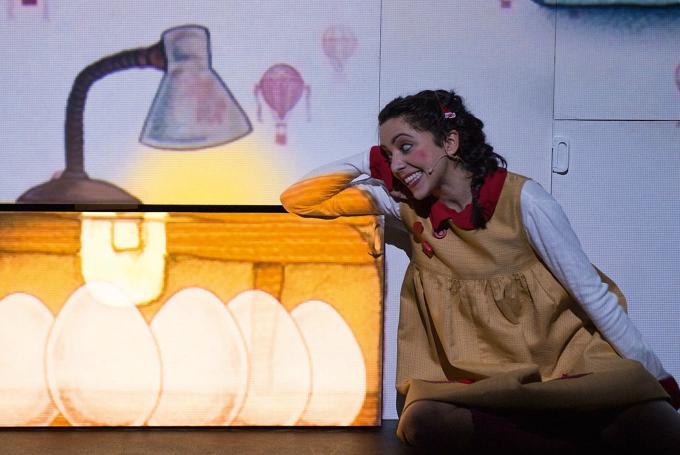 'A la luna' en Teatro Guimerá (Santa Cruz de Tenerife)