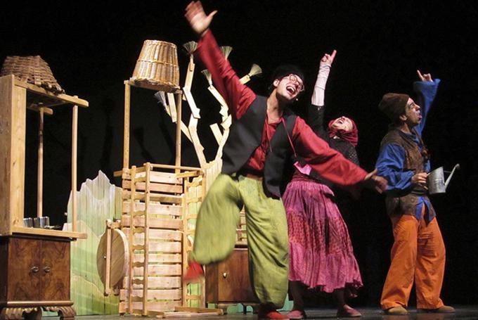 'La rebelión de los caracoles' en Teatro Echegaray (Málaga)