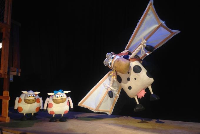 'La extraordinaria historia de la vaca Margarita' en Teatro Atalaya TNT (Sevilla)