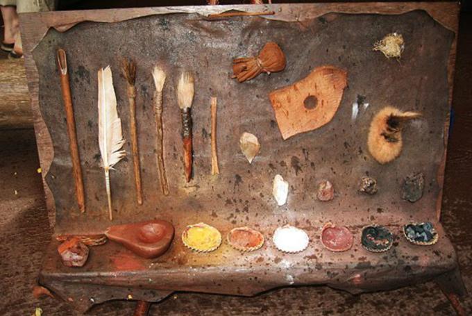 Taller 'Del mineral al color' en Museo de Prehistoria (Valencia)