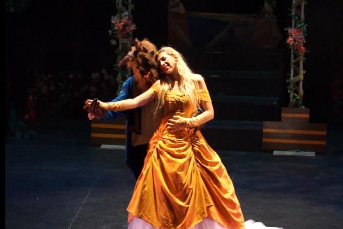 Musical 'La Bella y la Bestia' en Teatros Luchana (Madrid)