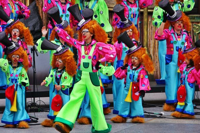 Cabalgata infantil de Carnaval en Parque de Santa Catalina (Las Palmas de Gran Canaria)
