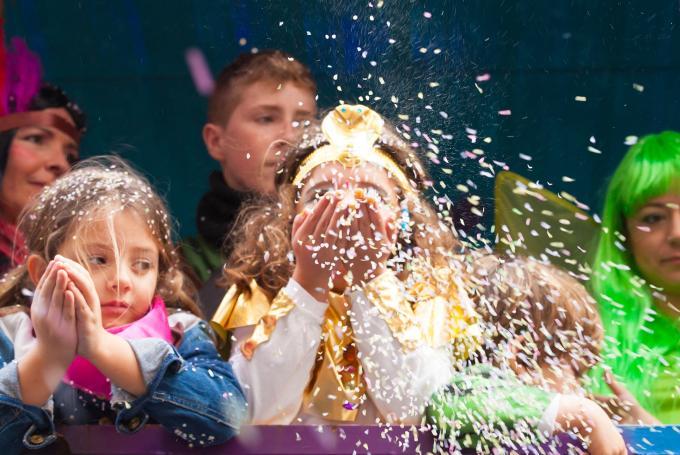 Gran fiesta infantil del Carnaval de Cádiz en Plaza de San Antonio (Cádiz)