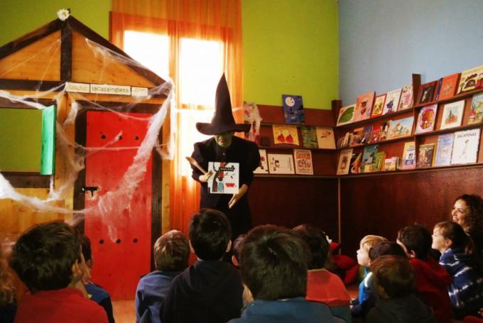 Campamento de Semana Santa: 'La casa de los cuentos' en La Casa Inglesa. Granja escuela La Buhardilla (San Juan de Aznalfarache)
