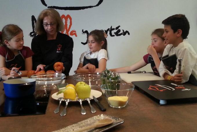 Taller de cocina de padres y niños en Escuela de Cocina De Olla y Sartén (Madrid)