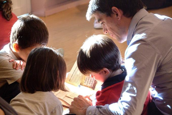 Actividades infantiles en la Feria del Libro de Madrid en Parque del Retiro (Madrid)